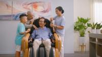 Nguyễn Hải Phong kể chuyện lớn khôn, báo hiếu cha mẹ trong MV mới