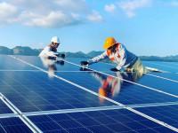 """""""Cú hích"""" để doanh nghiệp tư nhân đầu tư vào năng lượng tái tạo"""