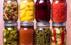 Thận trọng với thực phẩm đồ hộp 'handmade'