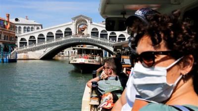 Châu Á thận trọng mở cửa du lịch