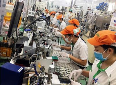 """Thu hút FDI: Việt Nam vẫn đầy sức hút giữa tâm """"bão"""""""