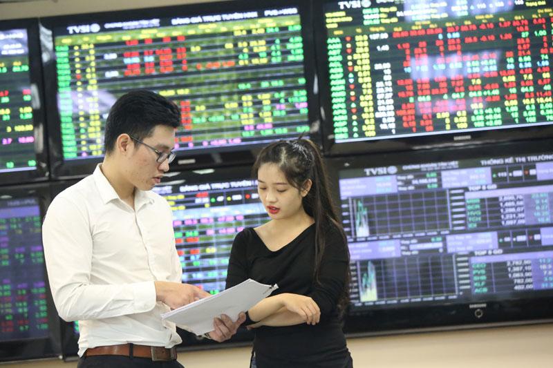 Thị trường chứng khoán: Chờ tiền từ nhà đầu tư ngoại