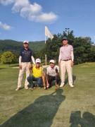Hai golfer cùng nhóm ghi Eagle chung một hố