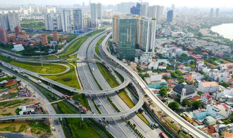 Việt Nam là một trong 6 nước có GDP thực tế tăng trưởng trong năm 2020