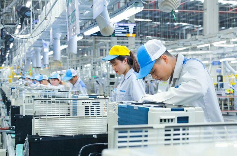báo cáo thường niên về 193 nền kinh tế, trong đó, dự báo kinh tế Việt Nam sẽ vươn lên vị trí thứ 19 thế giới vào năm 2035.