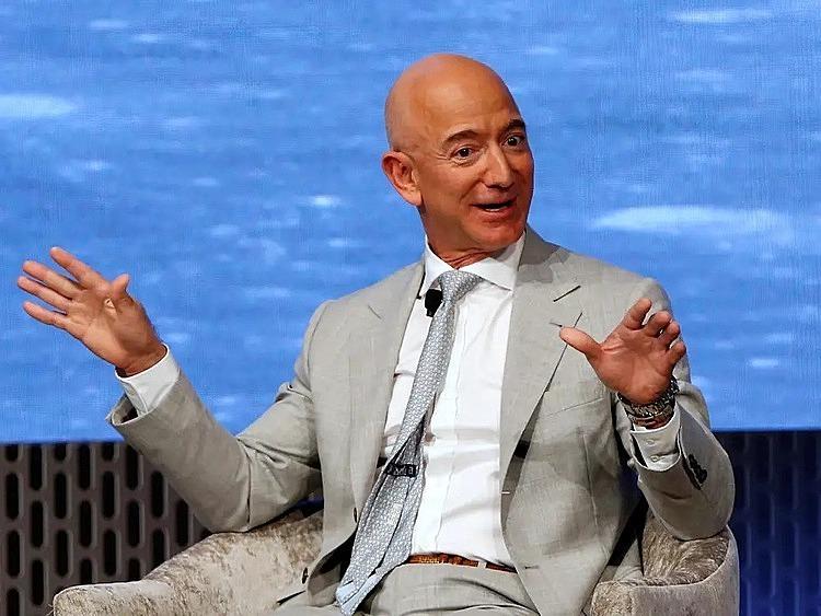 Lời khuyên từ tỷ phú Jeff Bezos: Luôn suy tính mọi việc trước 3 năm và chỉ đưa ra một vài quyết định mỗi ngày