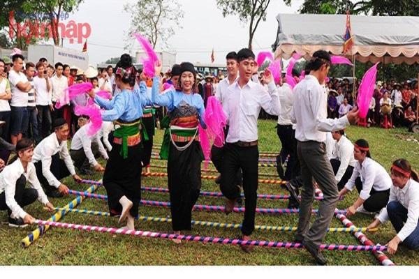 Lễ hội Lê Hoàn được tổ chức tại Khu di tích lịch sử Đền thờ Lê Hoàn