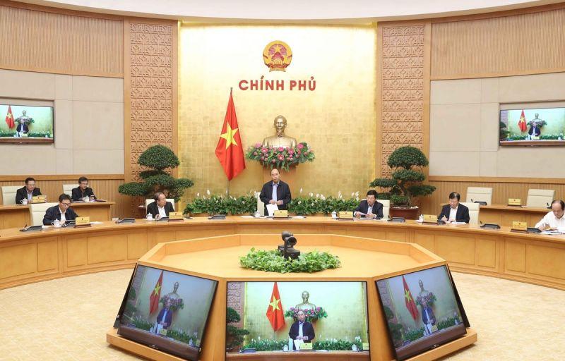 Ủy viên Bộ Chính trị, Thủ tướng Chính phủ Nguyễn Xuân Phúc chủ trì phiên họp Thường trực Chính phủ với Ban Chỉ đạo quốc gia phòng, chống dịch Covid-19