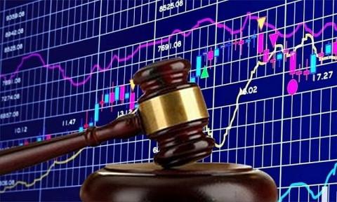 Vi phạm quy định về chế độ báo cáo hai nhà đầu tư bị phạt