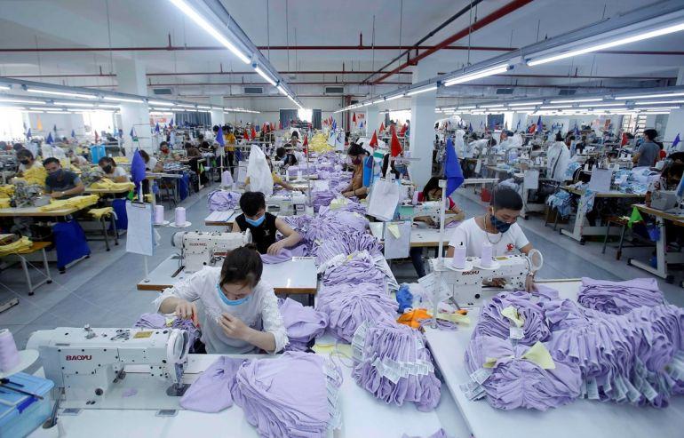 Kim ngạch xuất khẩu dệt may, da giày giảm hàng tỷ USD do tác động của đại dịch Covid 19
