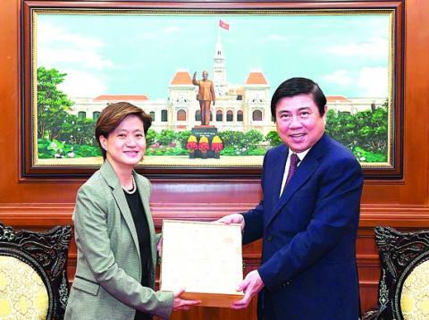 """""""Trải thảm đỏ"""" mời doanh nghiệp Singapore đầu tư tại TP Thủ Đức"""