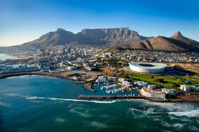 Nghiên cứu mới nhất của New World Wealth và Ngân hàng Á-Phi (AfrAsia Bank) cho thấy năm 2020, số lượng triệu phú của Nam Phi giảm 3.400 người và hiện nước này có 35.000 cá nhân là triệu phú hoặc những người có giá trị tài sản ròng từ 1 triệu USD