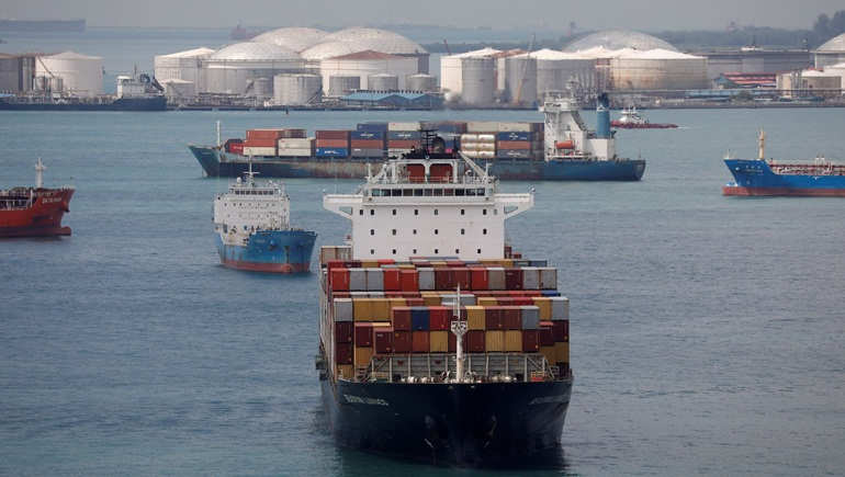 """Châu Á: Giá container tăng """"đột biến"""" do sự chuyển dịch mua sắm thương mại điện tử"""