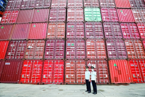 Các hãng tàu cần thực hiện nghiêm túc quy định về giá cước vận chuyển container