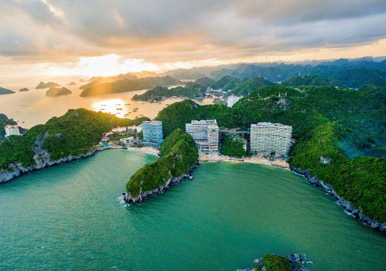 """Du lịch trong nước là """"chiếc phao cứu sinh"""" của ngành du lịch trong năm 2021"""