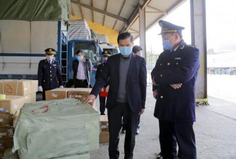 Quảng Ninh tăng cường kiểm tra xuất nhập khẩu, nhập cảnh và phòng dịch tại biên giới