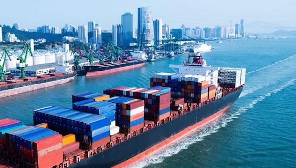 Phó Thủ tướng Trịnh Đình Dũng đã đưa ra chỉ đạo về chi phí xuất nhập khẩu hàng hóa gia tăng do hiện tượng tăng giá thuê tàu và container