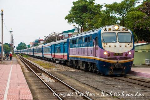 Phó Thủ tướng Trương Hòa Bình chỉ đạo tái cơ cấu Tổng công ty Đường sắt Việt Nam