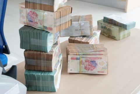 Gửi tiết kiệm tại ngân hàng nào sẽ có lãi suất cao nhất?