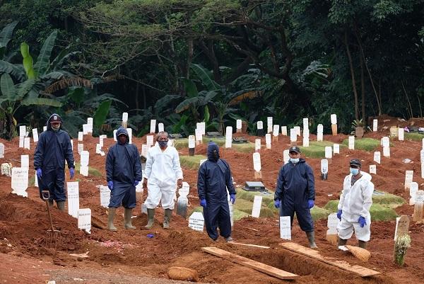 Số ca mắc và tử vong do Covid-19 ở Indonesiacao gia tăng đang trở thành nỗi buồn quốc gia