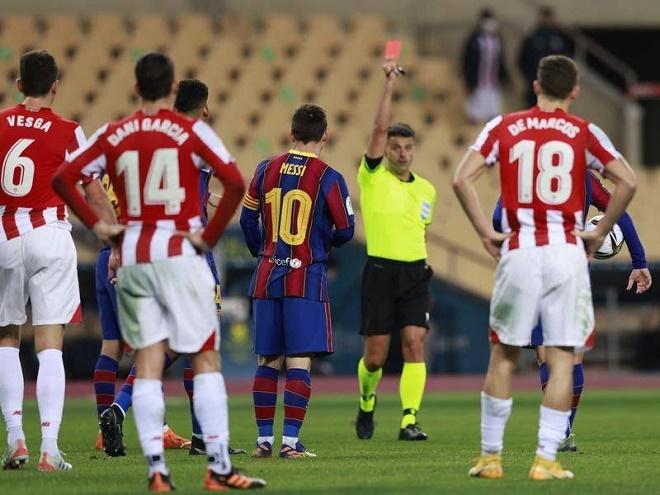 Messi bị thẻ đỏ trực tiếp trong trận chung kết Siêu cúp Tây Ban Nha