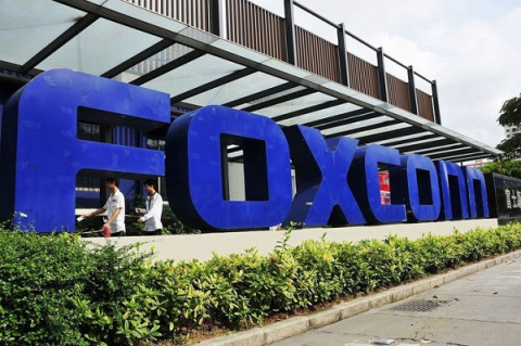Thấy gì sau quyết định đầu tư dự án trị giá 270 triệu USD của  Foxconn