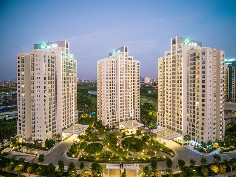 ổ hợp căn hộ TheLINK345 Ciputra Hanoi nằm tại phía cổng chính đường Phạm Văn Đồng, có tầm nhìn tuyệt đẹp hướng ra sân tập golf xanh mướt và kết nối thuận tiện với các tiện ích nội khu, là một trong những dự án được hưởng lợi trực tiếp từ việc hoàn thiện đường cầu cạn Mai Dịch – Nam Thăng Long.