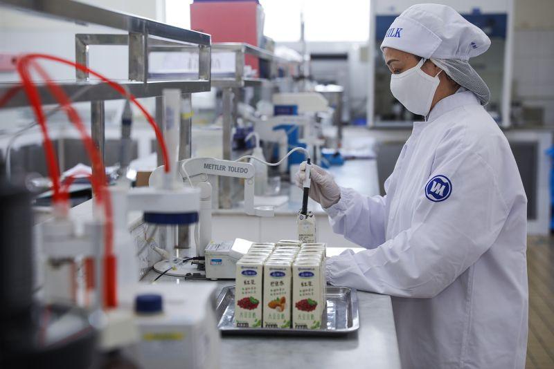Sản phẩm được kiểm tra, kiểm soát nghiêm ngặt từ đầu vào đến đầu ra, đảm bảo an toàn và đáp ứng các tiêu chuẩn để xuất khẩu