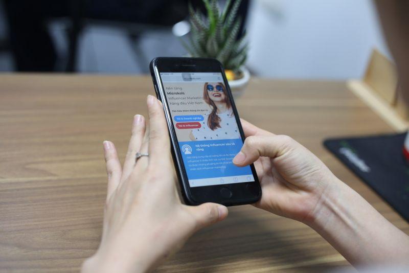 Sử dụng facebook hàng ngày nhưng vẫn có thể có thêm thu nhập