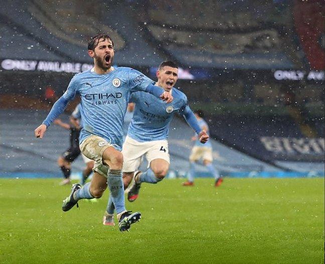 """Hạ gục """"ngựa ô"""" Aston Villa với tỷ số 2-0 giúp Man City chứng tỏ phong độ tuyệt vời để cạnh tranh ngôi đầu bảng Premier League"""