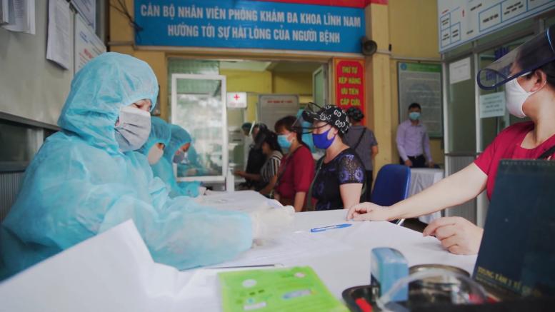 Người Việt Nam đăng ký xét nghiệm nhanh COVID-19 tại Hà Nội (Nguồn: Asean Today/Wikimedia Commons)