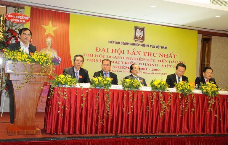 TS Tô Hoài Nam - Phó Chủ tịch Thường trực kiêm Tổng thư ký Trung ương hội phát biểu chỉ đạo và chúc mừng Đại hội