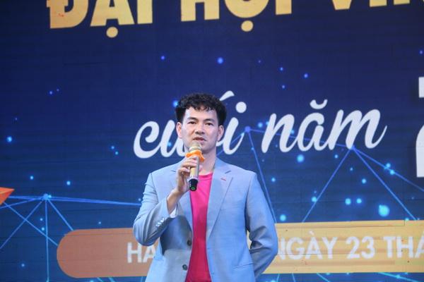 Nghệ sĩ Xuân Bắc – GĐ Nhà hát kịch Việt Nam -Đại sứ thiện chí của Quỹ Bảo trợ trẻ em Việt Nam tham dự và phát biểu