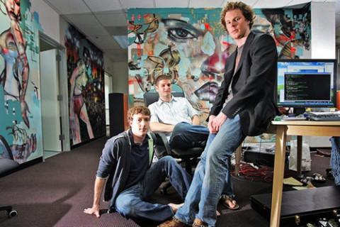 Ba người từng khởi nghiệp từ viết phần mềm và giờ họ là 3/5 tỷ phú giàu nhất hành tinh với tài sản hàng trăm tỷ USD