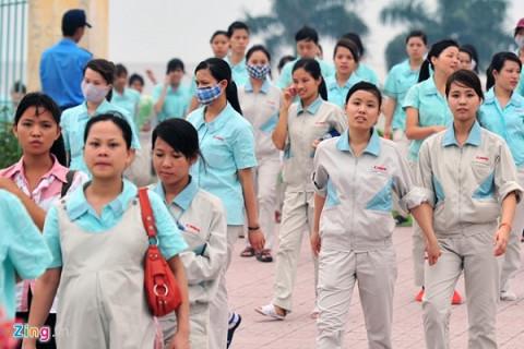"""Pháp luật dành riêng những """"độc quyền"""" cho lao động nữ"""