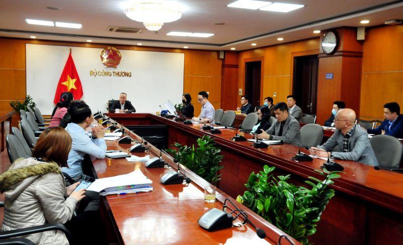 Bộ Công Thương họp khẩn về công tác phòng chống dịch Covid-19 trong tình hình mới