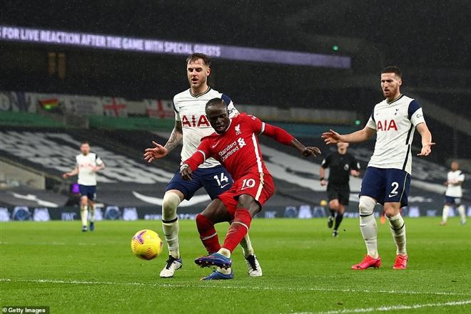 Liverpool đánh bại Tottenham 3-1, đánh dấu sự trỗi dậy mạnh mẽ của nhà đương kim vô địch Premier League