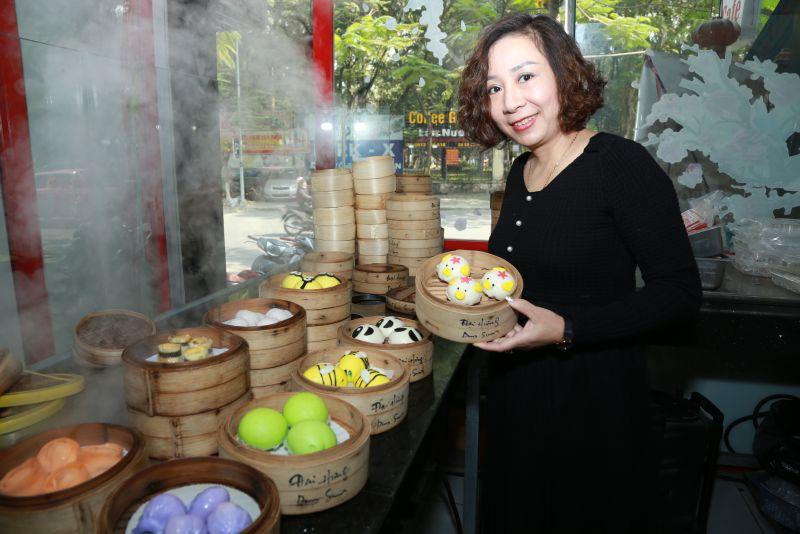 Dimsum là món truyền thống của ẩm thực Trung Hoa, nhưng qua bàn tay của Chef Dung Dimsum đã trở thành một món ăn mới lạ về kiểu dáng nhưng lại thân quen về khẩu vị của người Việt Nam.