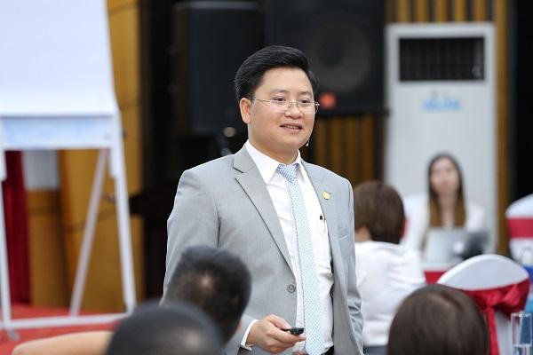 Ông Nguyễn Kim Hùng – Phó Viện Trưởng Viện Khoa học Quản trị Doanh nghiệp nhỏ và vừa (SISME)