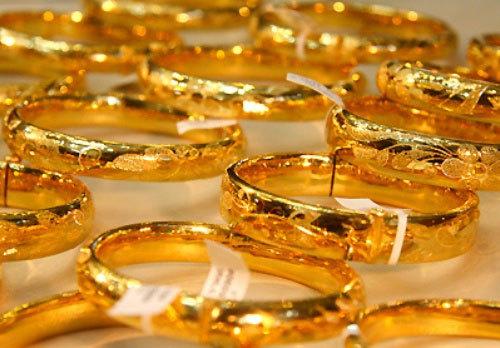 Giá vàng hôm nay 5-2: Giảm tương đương 1 triệu đồng/lượng