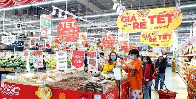 Các siêu thị đồng loạt tăng giờ mở cửa phục vụ nhu cầu mua sắm dịp Tết của người tiêu dùng