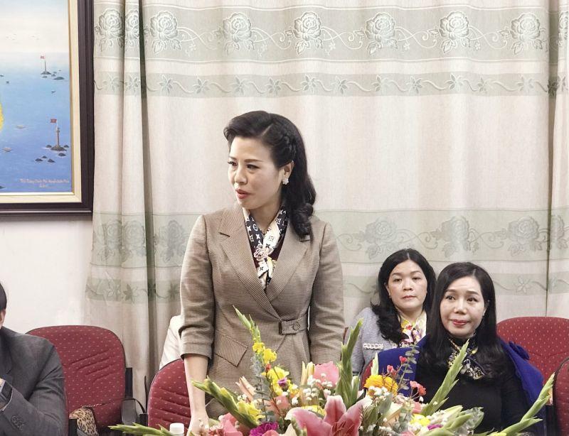 bà Lê Thị Minh Hoa - Chủ tịch Hội đồng quản trị Công ty Cổ phần Đầu tư và xây dựng Thiên Sinh đồng thời là phó chủ tịch Chi hội Nữ doanh nhân doanh nghiệp nhỏ và vừa Việt Nam