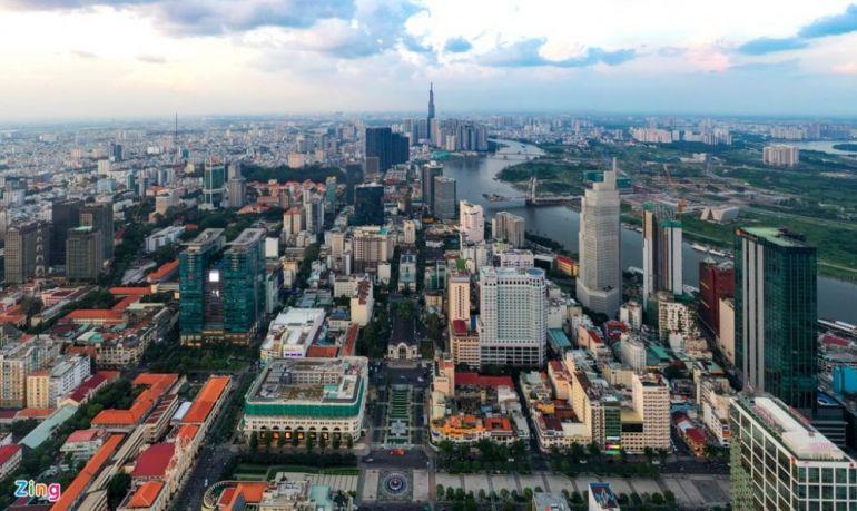 """Kinh tế Việt Nam đầu năm duy trì được đà phục hồi nhưng vẫn sẽ phụ thuộc khá lớn vào """"ẩn số"""" Covid-19"""