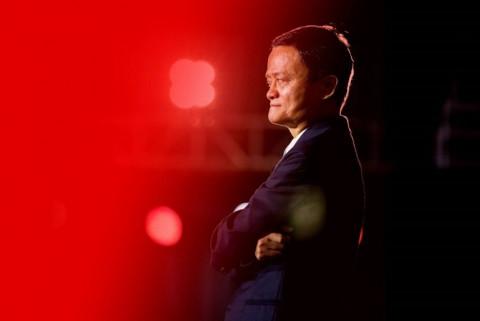 """""""Phù thủy"""" kinh doanh Jack Ma và tầm nhìn đi trước thời cuộc"""