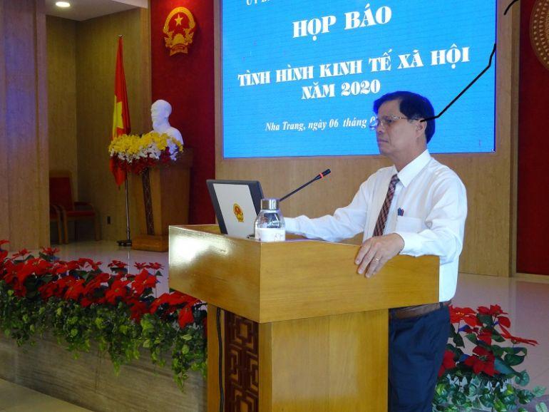 Khánh Hòa: Phấn đấu đạt mục tiêu kép phòng chống dịch Covid-19 và phục hồi phát triển kinh tế - xã hội năm 2021