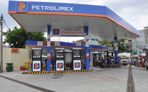 Petrolimex quyết định đưa tiếp 25 triệu cổ phiếu quỹ ra bán khi mã PLX tăng mạnh