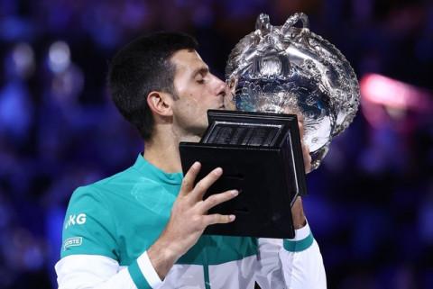 Novak Djokovic lần thứ 9 vô địch Australian Open 2021