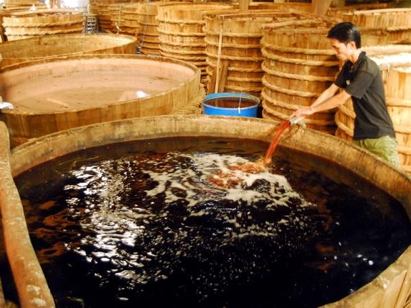 Vươn xa nghề nước mắm truyền thống Phú Quốc