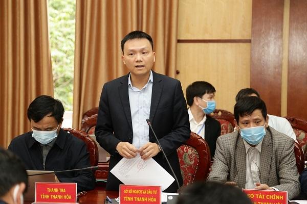 Ông Lê Minh Nghĩa, giám đốc Sở Kế hoạch và Đầu tư phát biểu ý kiến tại hội nghị.