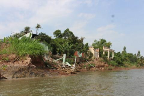 Kiên Giang: Chi 150 tỷ khẩn cấp xử lý sạt lở đê biển Tây